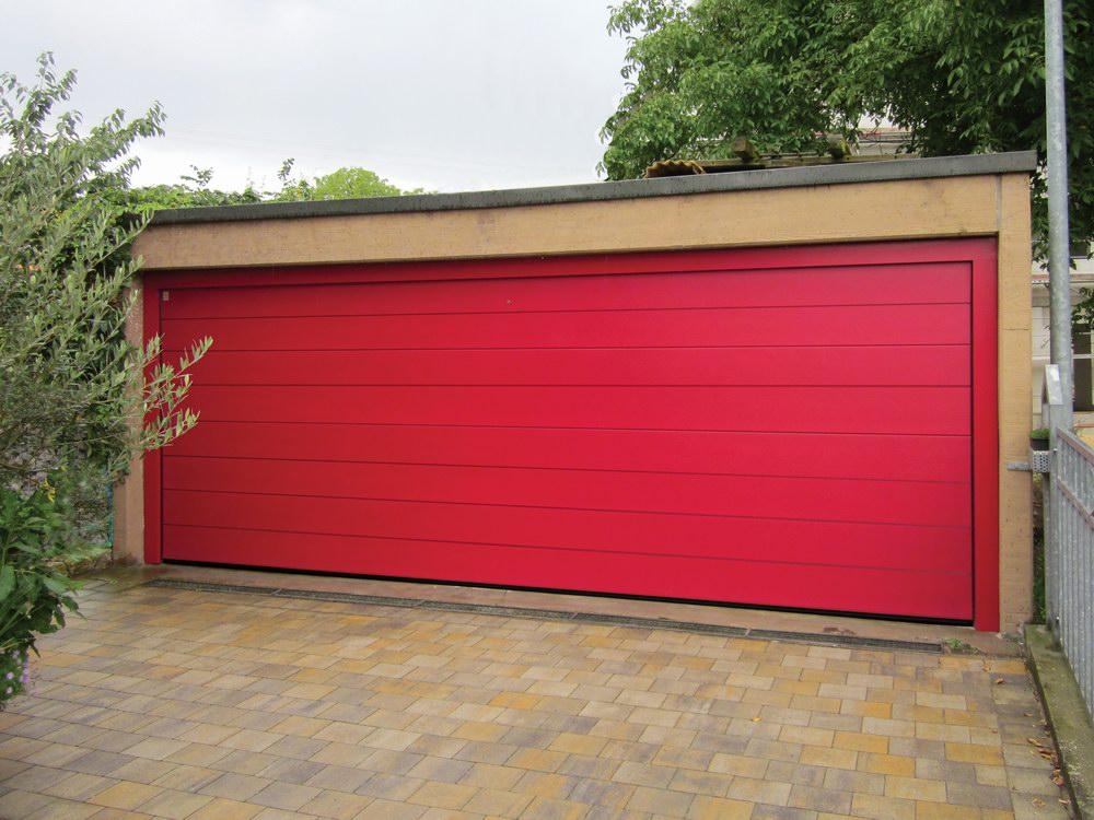 DITEC garázskapu egyedi piros színben