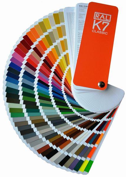 RAL színskála szerint választható 200 szín, Ecotor garázskapu panel
