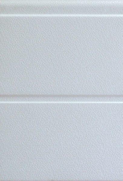 Fehér széles bordás mintázat, stukkós felület, DITEC garázskapu panel