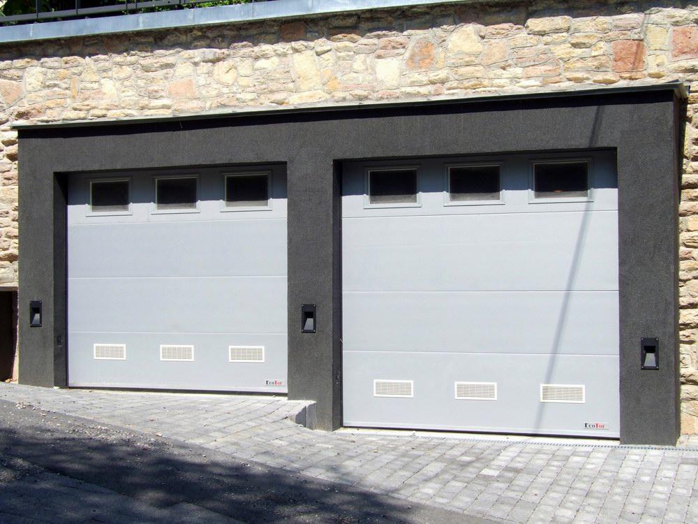 High-tech elegancia - mikro bordás, ezüst-szürke ECOTOR garázskapuk
